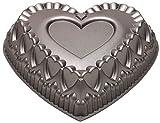 Wilton Dimensions Cast-Aluminum Nonstick Crown of Hearts Pan