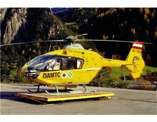 Revell-Modellbausatz-04457-Eurocopter-EC135-ADACAMTC-im-Mastab-172