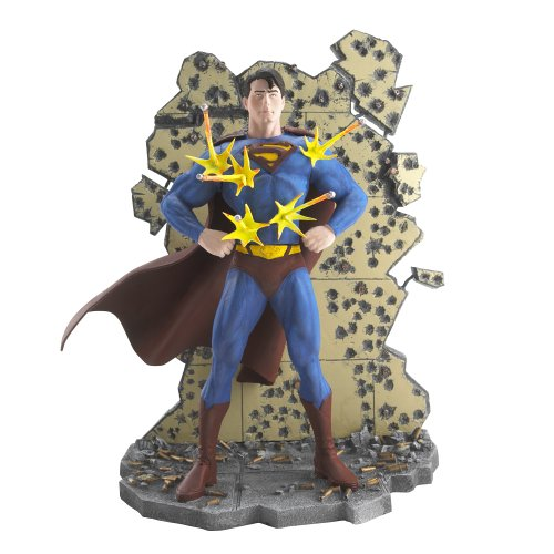 Superman Select Sculpture - Invulnerable Man of Steel