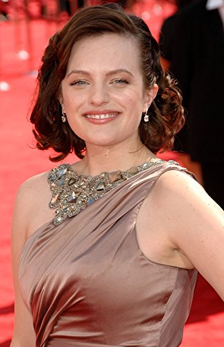 elisabeth-moss-wearing-a-reem-acra-gown-at-arrivals-for-61st-primetime-emmy-awards-arrivals-part-2-p