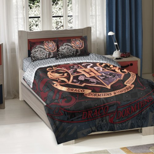 Discover Bargain Warner Brothers Harry Potter School Motto Twin/Full Comforter with 2 Pillow Shams b...