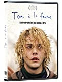 Tom at the Farm / Tom à la ferme (French packaging) (Version française)
