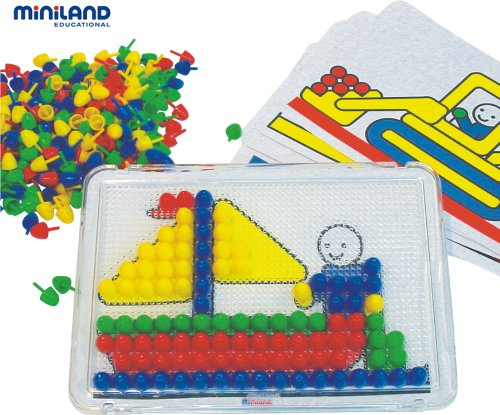 Miniland 31819 - Kit de dibujo en mosaico (placa + 6 plantillas + 300 chinchetas de 15 mm) [importado de Alemania]