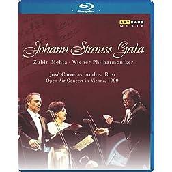 Johann Strauss Gala - An Evening of Polka, Waltz & Operetta [Blu-ray]