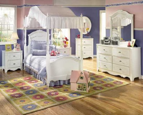 Canopy Bedroom Set