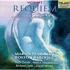 Martin Pearlman(Cond)/Boston Baroque  Mozart: Requiem (Completion by Robert Levin) のAmazonの商品頁を開く