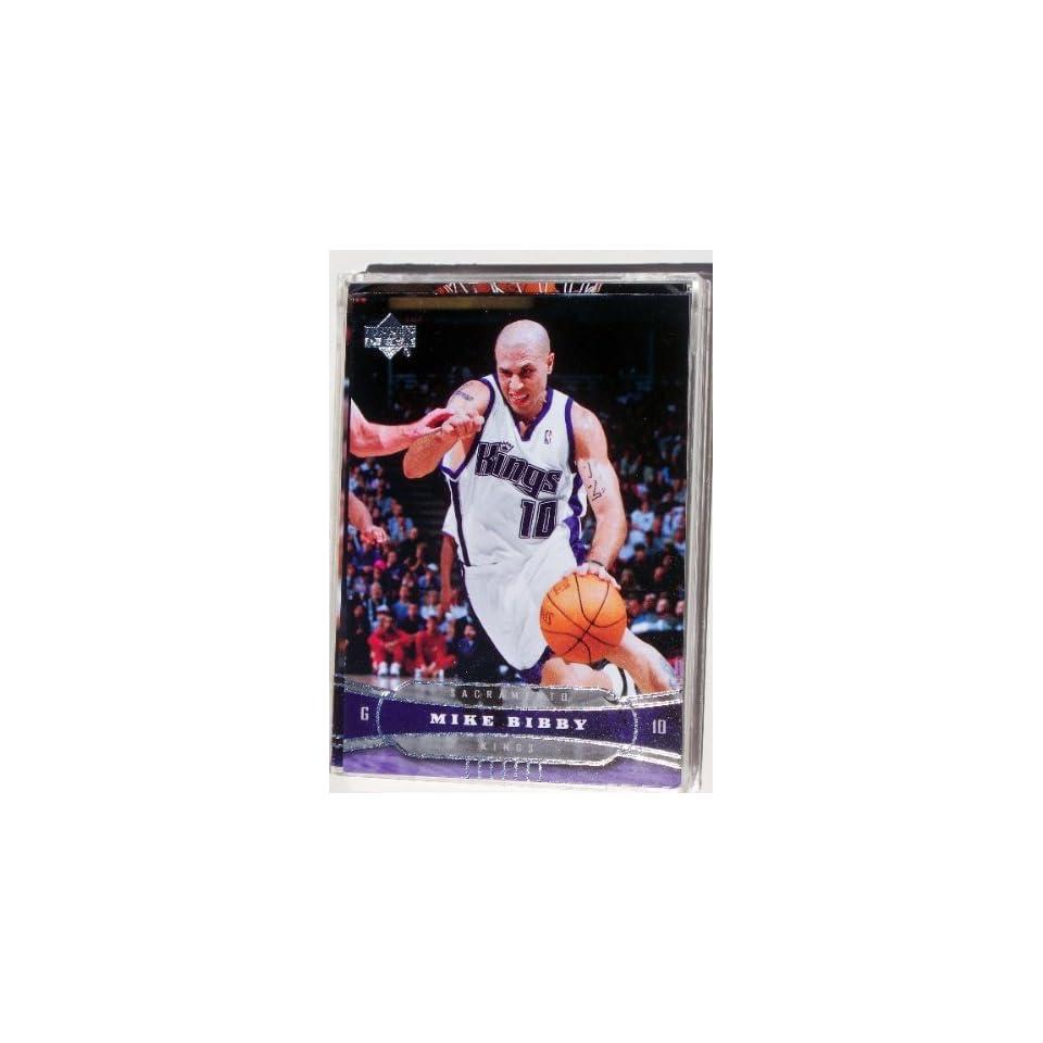 Mike Bibby 25 Card Set with 2 Piece Acrylic Case