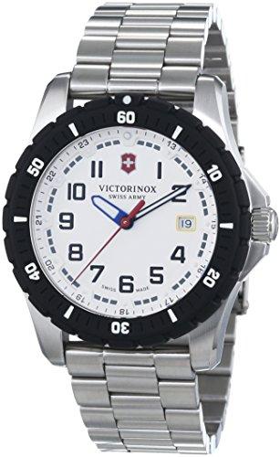 Victorinox 241677 - Reloj para hombres, correa de acero inoxidable color plateado