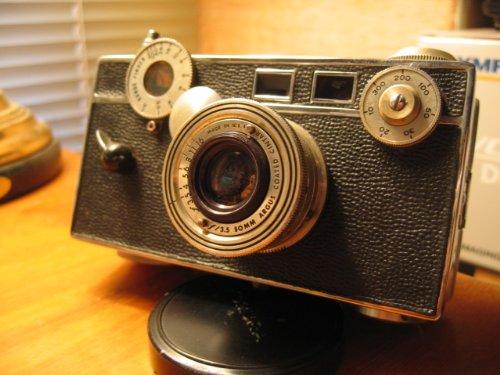 Argus C3 Brick Film Camera