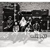 At Fillmore East (Deluxe Edition)