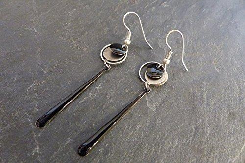 -boucles-doreilles-longue-noir-et-argent-sequin-en-email-epoxy-