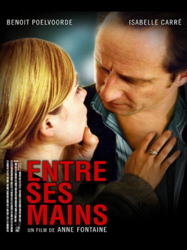 in-his-hands-entre-ses-mains