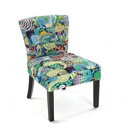 Sillón tapizado en patchwork tropical