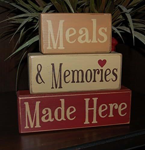 Primitive Wooden Kitchen Signs: Amazon.com: Kitchen Decor-Meals & Memories Made Here