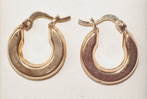 New Fashion 14k Gf Babies Earring Hoop in Yellow Color