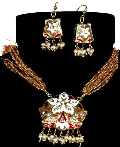 Meenakari Star-Spangled Necklace with Earrings - Lacquer with Cut Glass