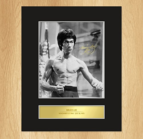 bruce-lee-signed-mounted-photo-display