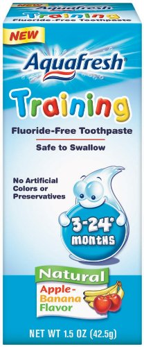 Aquafresh Training Toothpaste for 3 24 months Apple Banana Flavor 1 5 Ounce Pack of 3