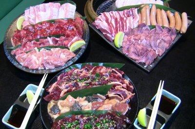 厳選・特選バーベキューセット 特製タレ、箸、紙皿付 総重量約7kg (20人前)