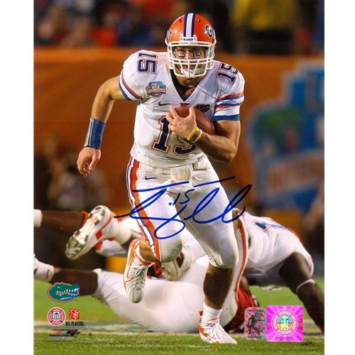 Tim Tebow Autographed Florida Gators (08 BCS Running) 8x10 Photo - Tebow Holo chris leak autographed hand signed florida gators 8x10 national championship trophy photo black custom frame with 06 champs inscription