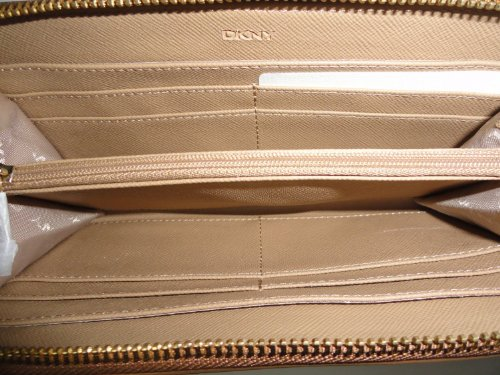 DKNY DKNY Women's Soft Ego Leather Wallet with Plaque Caramel