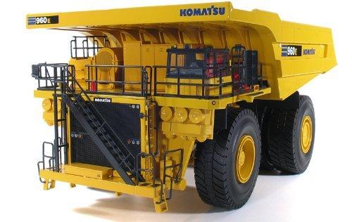 komatsu-960e-2k-mining-dump-truck-1-50-by-first-gear-50-3244-by-first-gear