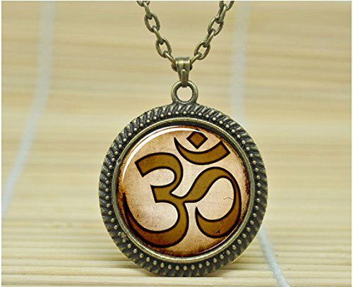 Fashion Jewelry Om Necklace Om Yoga Jewelry Om Pendant Glass Cabochon Necklace A0488