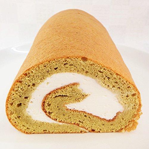 ピスタチオの杏仁生クリームロールケーキ