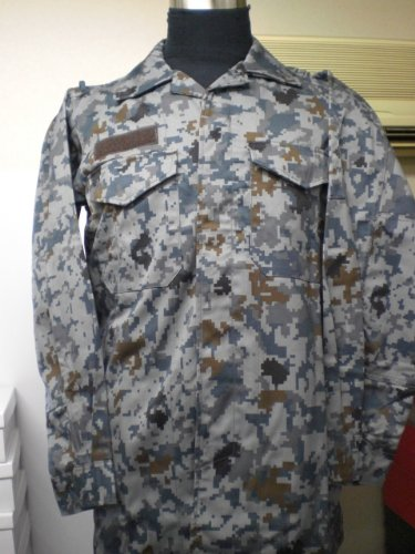 航空自衛隊デジタル迷彩服上下セット  サイズ4A