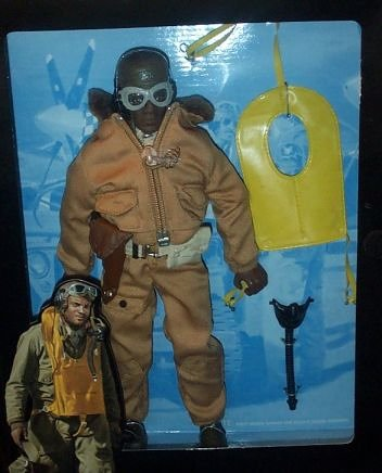 Buy Low Price Kenner G.I. Joe – 1996 – Kenner – Classic Collection – WW II Forces Collection – Tuskegee Fighter Pilot – Action Figure – w/ Accessories – Out of Production – Limited Edition – RARE – Collectible (B000E4AC64)