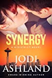 Synergy: New Adult Romantic Suspense (U-District, #1) (English Edition)