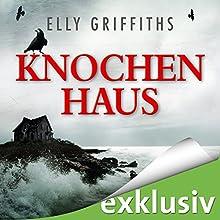 Knochenhaus (Ein Fall für Dr. Ruth Galloway 2) Hörbuch von Elly Griffiths Gesprochen von: Gabriele Blum