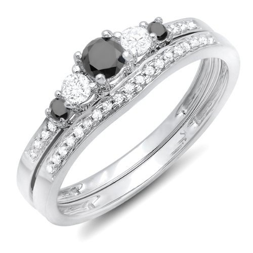 0.58 Carat Bridal Set Round Cut Diamond on 14K White gold