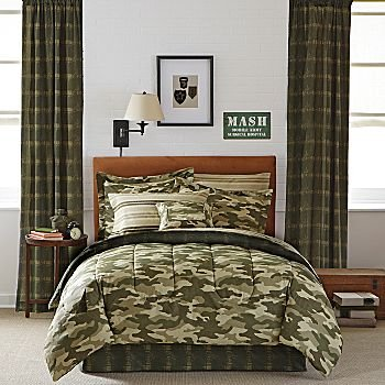 Military camouflage bedding totally kids totally for Boys army bedroom ideas