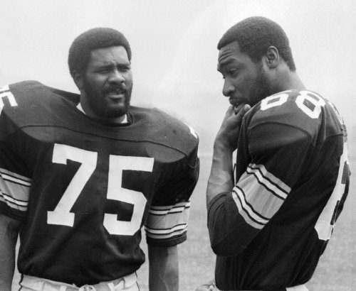 JOE GREENE & L.C. GREENWOOD PITTSBURGH STEELERS 8X10 HIGH GLOSSY SPORTS ACTION PHOTO (O) at Amazon.com