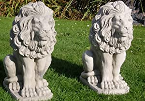 Pair Of Stone Lions Statues Garden Ornaments Amazon Co Uk