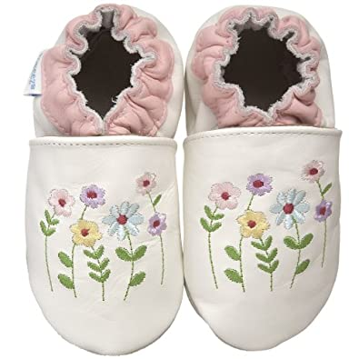 Toodler's Christmas Shoes Stemmed Flowers