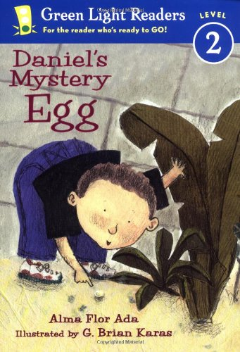 Daniel's Mystery Egg (Green Light Readers Level 2)