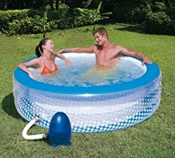 Piscine gonflable spa for Piscine gonflable chauffante