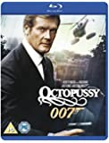 Octopussy [Blu-ray] [Import anglais]