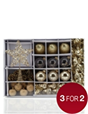 45 Golden Christmas Tree Decorations