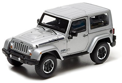 2014-jeep-wrangler-polar-limited-edition-billet-silver-metallic-with-display-showcase-1-43-by-greenl