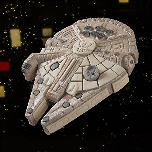 Star Wars Millenium Falcon Cake Pan (Cake Pans Star Wars compare prices)