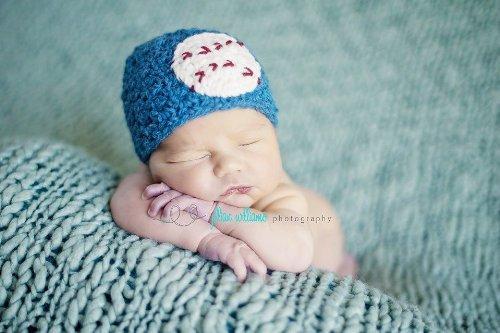 Crochet Newborn Hat Pattern front-1000162