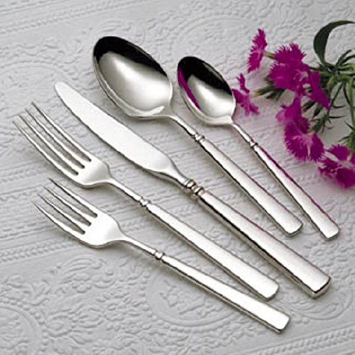 Oneida Easton 80 Piece Service for 12 Plus 8 Serving Pieces and 12 Iced Tea Spoons