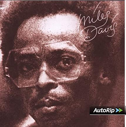 [jazz] Miles Davis - Page 3 51KxbpiqH2L._SX425_PJautoripBadge,BottomRight,4,-40_OU11__