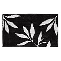 Black/White InterDesign Design Leaves Rug 34 Inch By 21 Inch