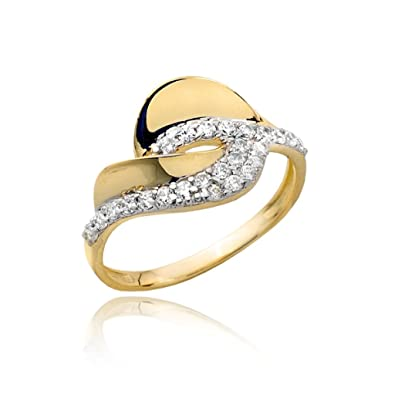 Classic cut gold and zirconia ring