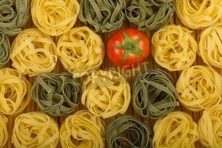 Couleurs italiennes Pâtes à la tomate - 75x50 cm - Impression sur toile - Art mural