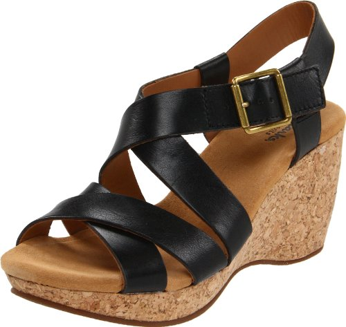 Clarks Women's Harwich Cast Wedge Sandal,Black Leather,6 M US